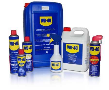WD-40 le produit de maintenance multifonctions (Nettoie, lubrifie, dégraisse, dégrippe, chasse l'humidité, protège de la corrosion). Idéal pour l'industrie, l'auto, la maison... PARTOUT !!