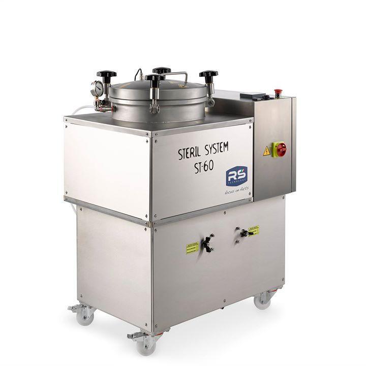 Stérilisateur autoclave ST-60, capacité 60 litres tout inox, tout équipé, tout automatique, caréné, monté sur roulette, programmable, enregistreur de données sur clé usb....