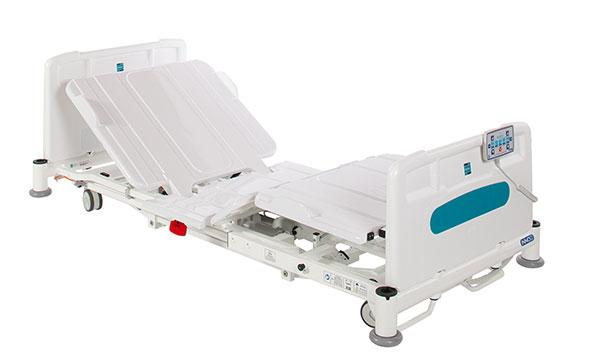 The Innov8 Low bed has an exceptionally low platform height of 22cm with features that enable it to be utilised as an everyday acute ward bed.