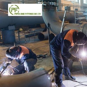 We offer standard pipes and fittings and we are experienced in all types of piping fabrications, from basic straight spools to highly complex spools for low-pressure or extremely high-pressure systems