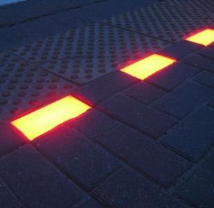 плитка для подсветки пешеходного перехода, площадей перед торговыми центрами и казино