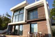 Ventanas y balconeras de aluminio technal, muro cortina de aluminio technal, celosias de hierro, barandillas de acero inoxidable