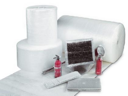 Große Auswahl an Luftpolsterfolien-, Kissen und Beutel, Verpackungschips, Schaumfolien, Papier- und Papp-Polster, Kantenschutz sowie Trockenmittel.