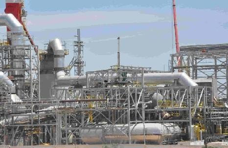 Construction et montage des bâtiments industriels y compris les transporteurs à bande d'une longeur de 350 mètre pour le compte de PIRECO/TIFERT