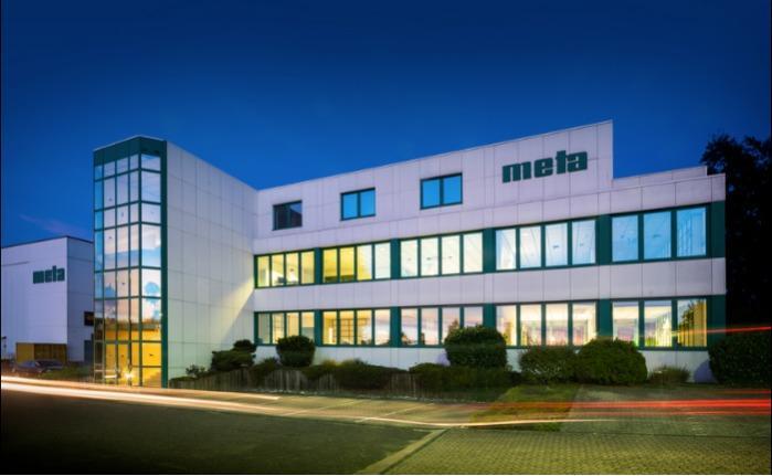 Firmengebäude meta Trennwandanlagen