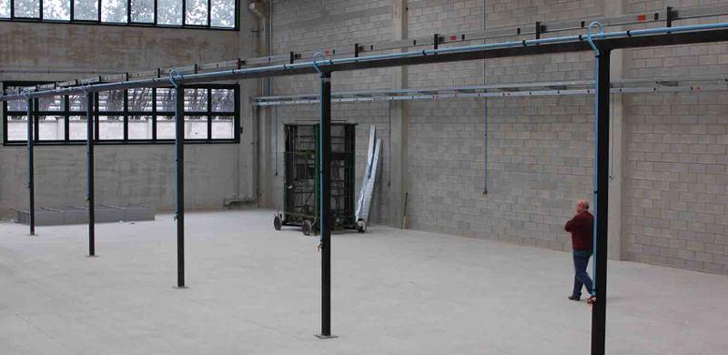 linea distribuzione aria compressa da 350 mt diametro 40 mm e 25 mm, realizzata con sistema GIRPI in miscela di PVC.
