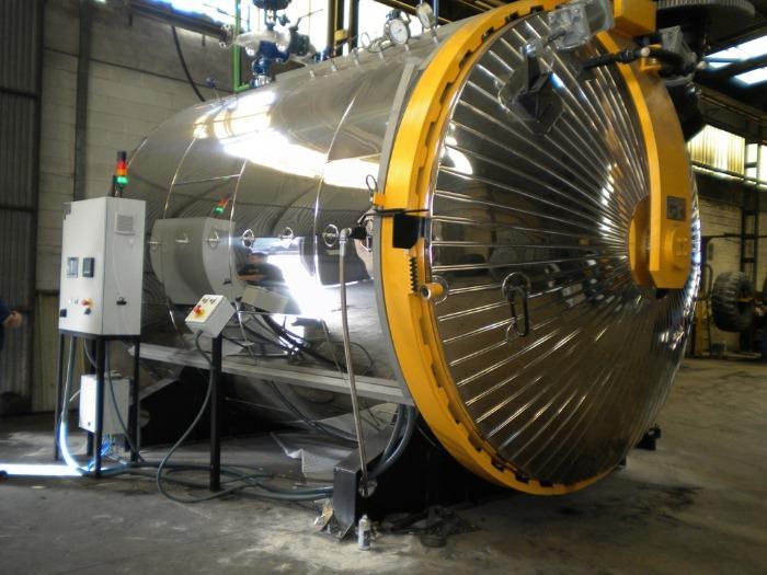 Procesos industriales diferenciados: MOLDE y AUTOCLAVE.