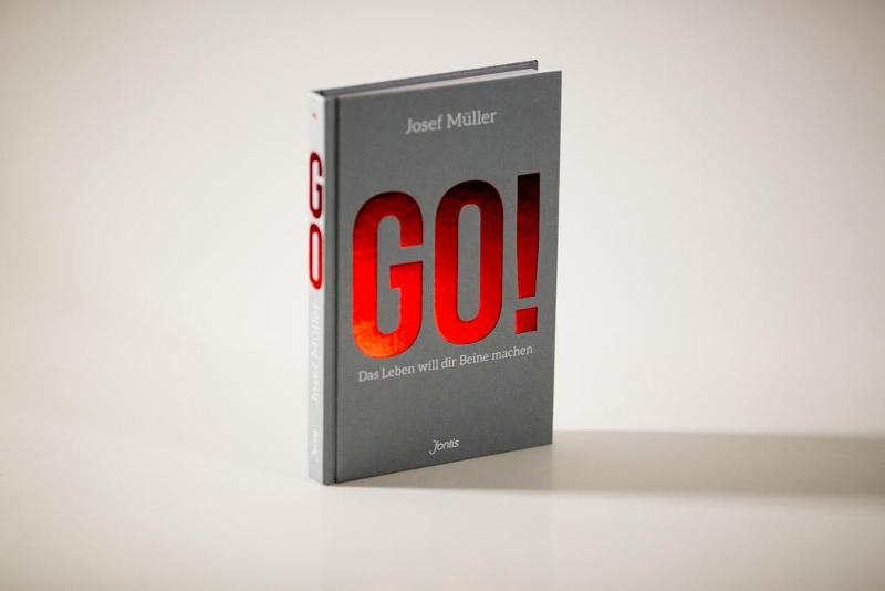 "Hardcover Book ""GO!"""
