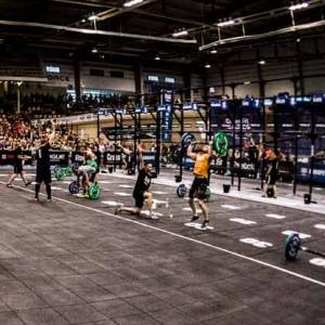 DoTile Fit Team ha partecipato come Partner tecnico agli European Crossfit Regionals 2013.