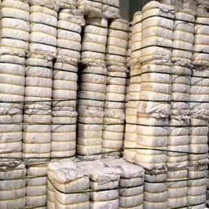 Big bale cover for exporting second hand / used clothing and textiles.