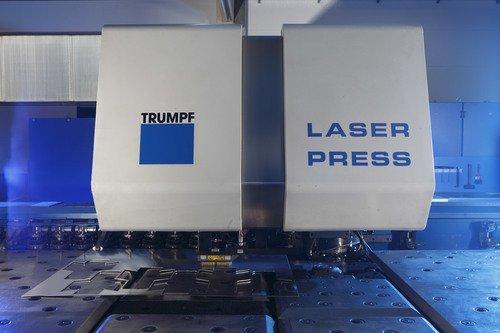 Stanz-Laser-Zentrum Großformat