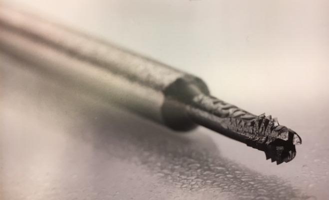 Fresa a filettatura evoluta in metallo duro