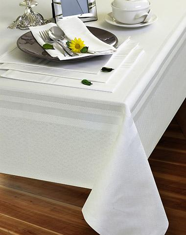 Restaurant tableclothes