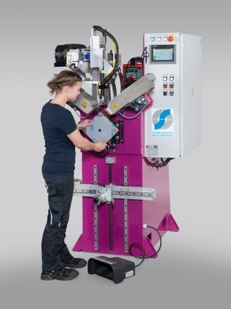 Corner seam welding machine NimbleSafe 100