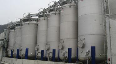 Lösungsmittel Tanklager