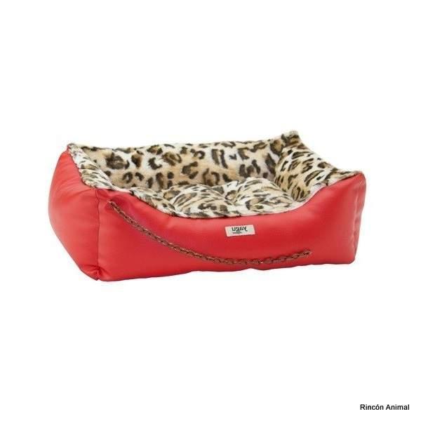 Cama fabricada en España con materiales de primera calidad. De la marca Yagu. Entra en www.rinconanimal.es