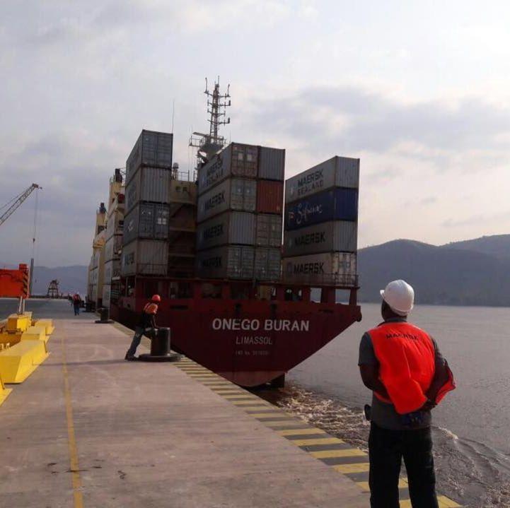 CGS SARL s'occupe de tous les aspects logistiques et administratifs pour le navire et l'équipage ainsi que les marchandises auprès des administrations et institutions intervenantes.