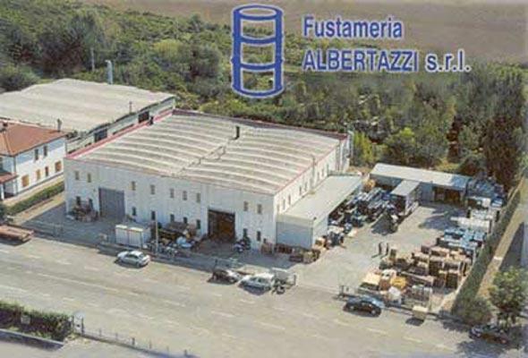 Vista aerea dello stabilimento di riciclaggio e produzione