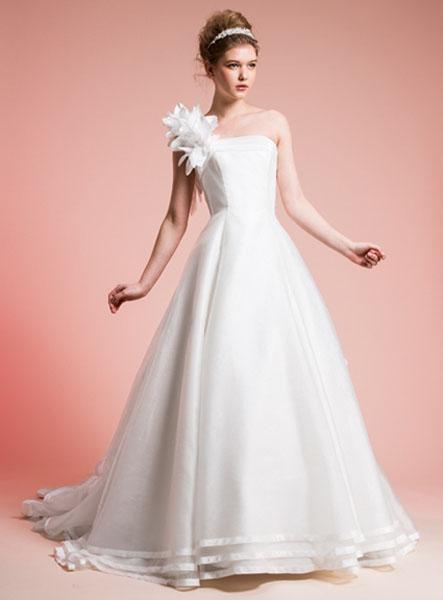 meraviglioso vestito da sposa della collezione miamastore 2014