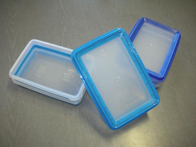 contenitori plastica gomma