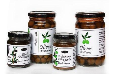 Compound pack of:  1 bottle of olives arbequines premium of 160gr   1 bottle of arbequina olive pasta premium of 100gr  1 bottle of black olive pasta premium of 100gr