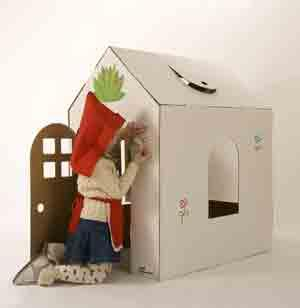 Casa de cartón para montar, decorar y jugar dentro. Plegable en 30 segundos. Cartón reciclado. Diseñado y fabricado en Barcelona