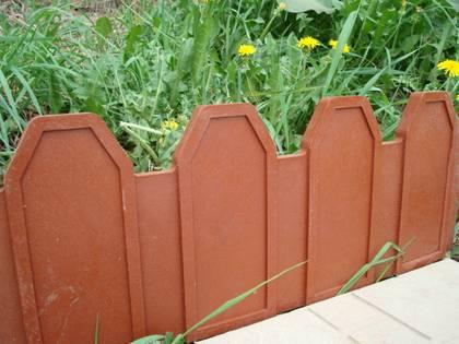 garden fence manufacturing all the products from polymer and sand 250x500x16 mm