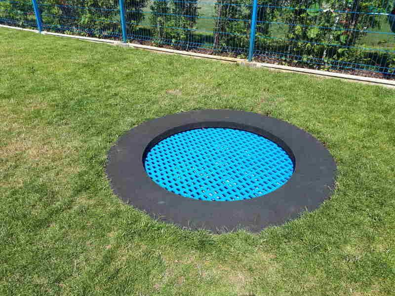 Circle 100 R2101