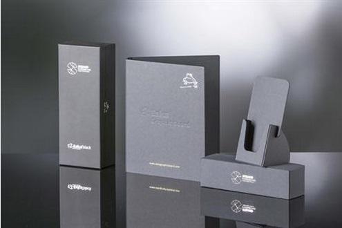 Eskablack hoogwaardig door en door zwart gekleurd massiefkarton