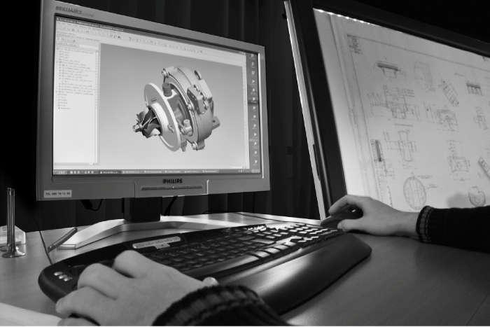 - Anpassung von Motorteilen                                        - Optimization of parts and components                          - Design-development
