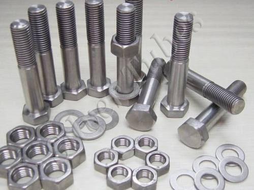 Hex Bolts, Hex Nuts, Stud Bolt, Washer, Half Threaded bolts, Screws, Allen Screws etc in Stainless Steel (304/304L, 316/316L, 317L, 904L, Duplex & Super duplex steel) & nickel alloys.