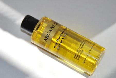 Pure Argan oil from Morocco: 100ml €32,99. 50ml €22,99. 1 wholesale price liter €75,00
