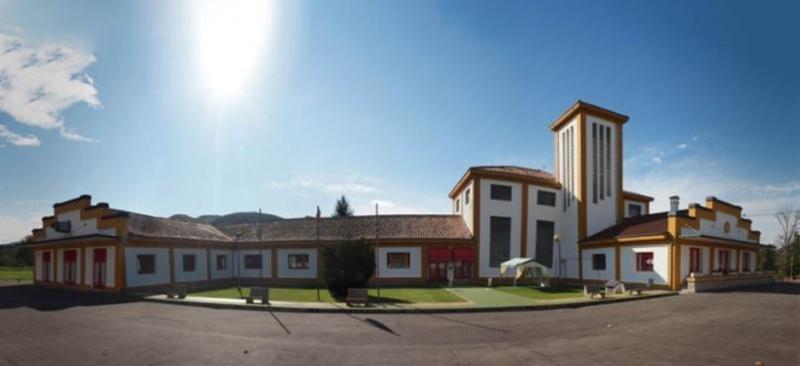 Albergue en Cantabria Santander con campamentos y programas escolares para niños y jovenes. Multiaventura.