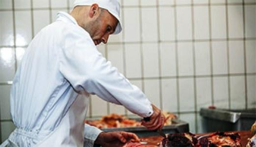 When preparing and processing food it is important that work clothing protects the wearer from the juices and food residue that are a natural result of this process.