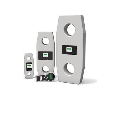 Urządzenia dostępne są w wersji z wbudowanym wyświetlaczem jak również umieszczonym na pilocie połączonym kablem bądź telemetrycznie.