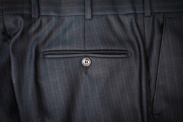 pantalone uomo dettaglio