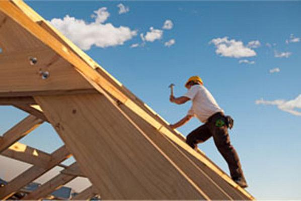 Produzione di ferramenta per coperture in legno. I nostri prodotti vengono utilizzati in opere pubbliche e private di grandi dimensioni.