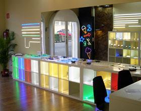Tienda Barcelona LED, Blanes, Girona, Carrer Josep Tarradellas 3, 17300, Tel: 93 241 80 81 ext: 180