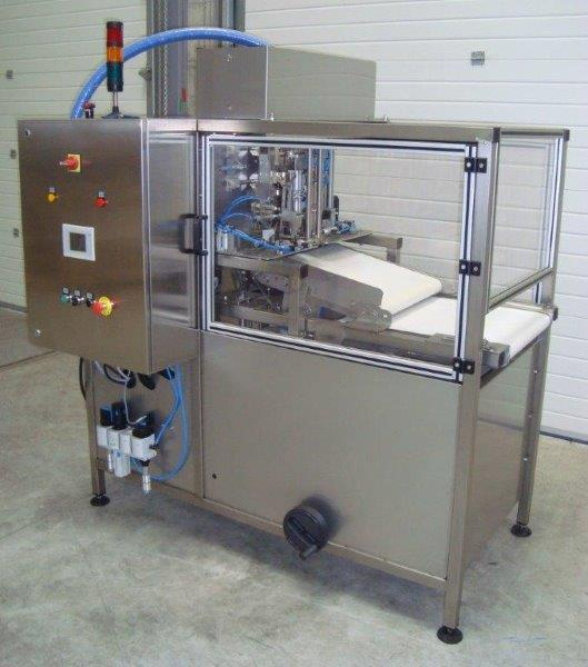Full automatic filler from 1,5L to 10 liters.