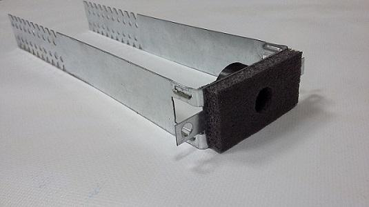 Overall length: 560 mm						Working length: 250 mm						Steel thickness: 0.9 mm						The width of the bracket 30 mm