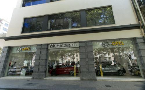 Concesionario Opel c/Aragón Barcelona