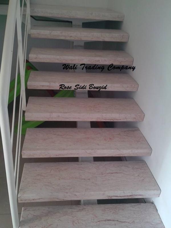 on met a votre disposition plusieurs types de marbres locales avec des prix intéressant,haute qualité et plusieurs usages tel que mur,escalier,salle de bain ect.Rose sidi bouzid disponible en bloc.