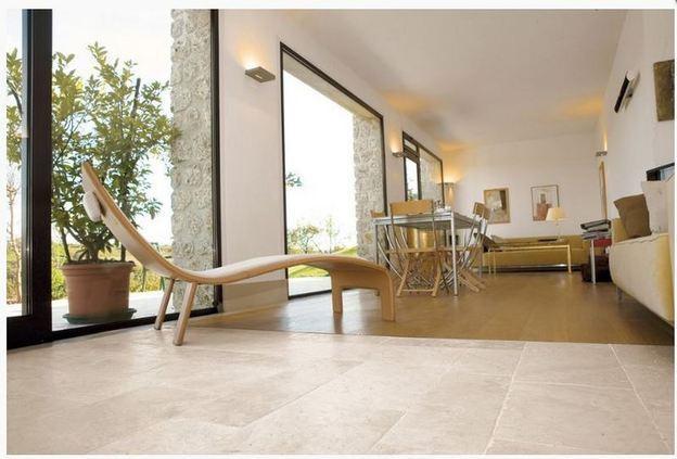 Arredamenti in marmo per interni