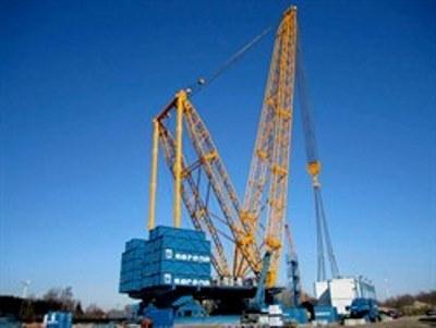 SGC-120, the only true heavy lift 'crane' in the 3200 tonnes capacity range
