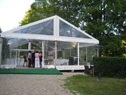 Structure avec toile cristal d'une surface de 200 m².