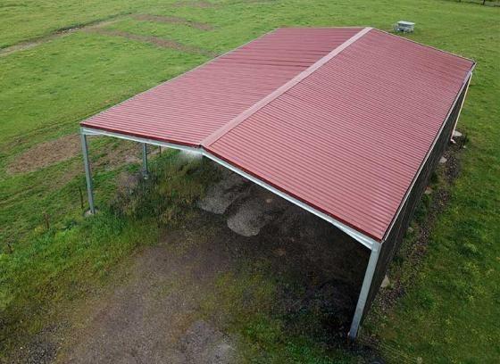 Bâtiment galva structure + couverture tôles 5 ondes - 12,6x24x5m