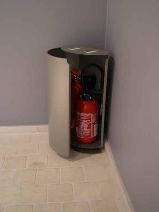 CSID est le spécialiste des coffrets cache extincteurs design.CSID est fournisseur de caches extincteurs design pour entreprises et collectivités.CSID du mobilier de sécurité incendie design.