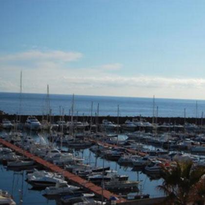 """Magnifico apartamento con vistas al puerto nautico """" Port Marina Palamós """" situado a pocos metros de la playa"""