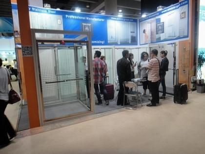 Many customers to talk with us on fair