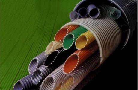 Disponemos de una amplia gama de tubos, ya sean para aireación o para líquidos o gases, y para diferentes industrias como las químicas o las agrarias, entre otras.